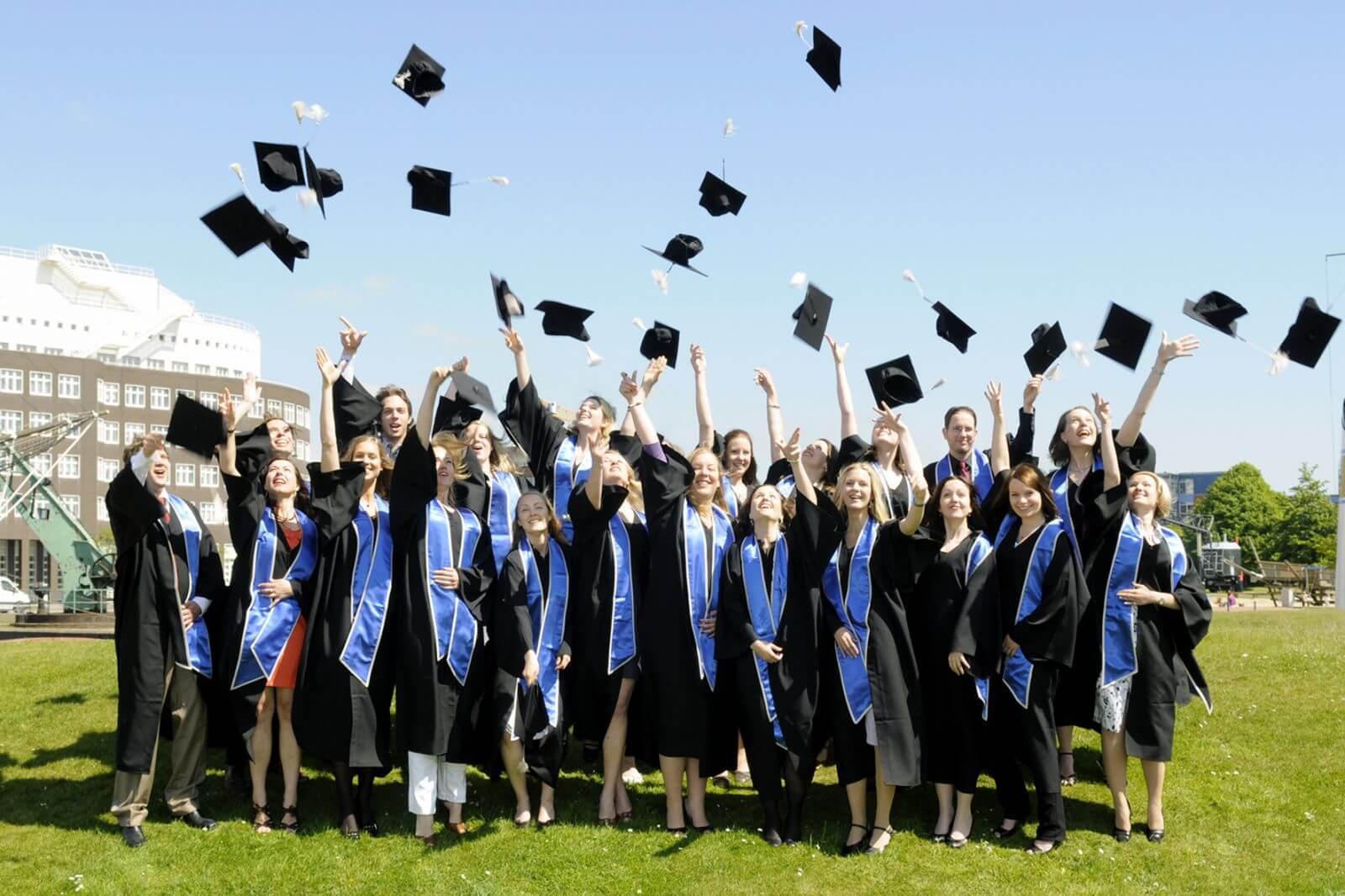 Du học Singapore là lựa chọn của nhiều bạn trẻ