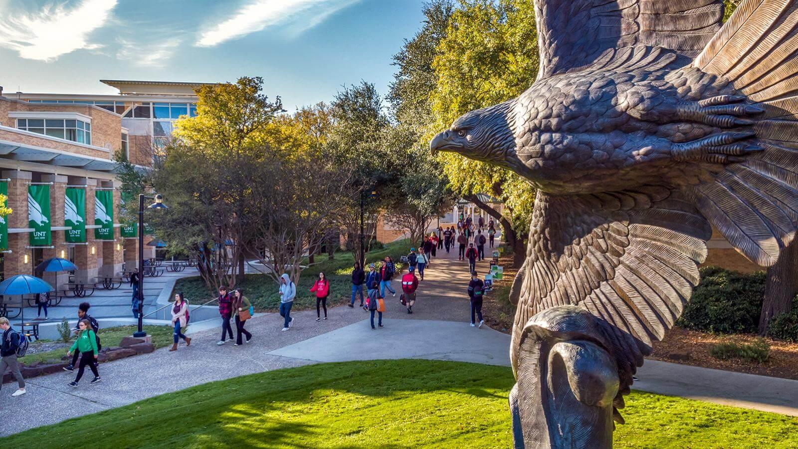 Đại học North Texas (UNT) thành lập vào năm 1890