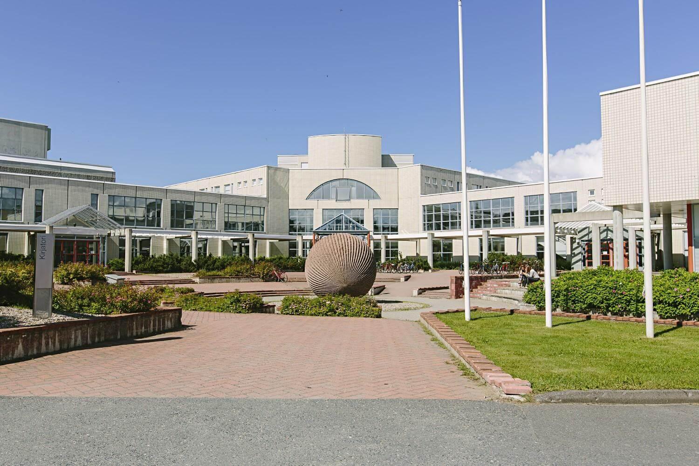 Đại học Ouluxếp thứ 4 trong top các trường đại học tốt nhất Phần Lan