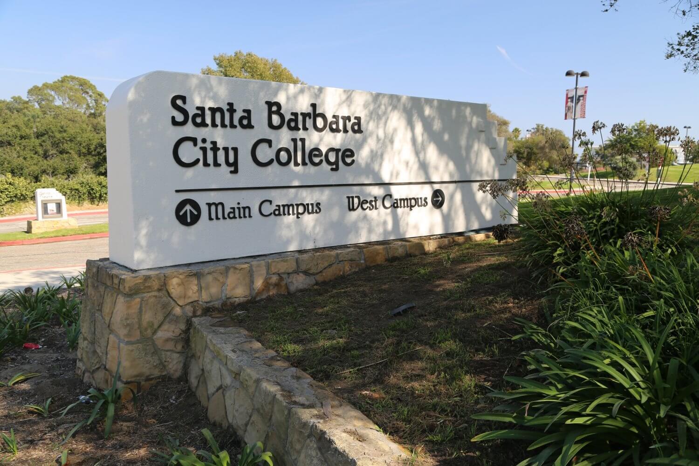 Cao đẳng Santa Barbara – Mỹ: chương trình học, thủ tục đăng ký, học phí