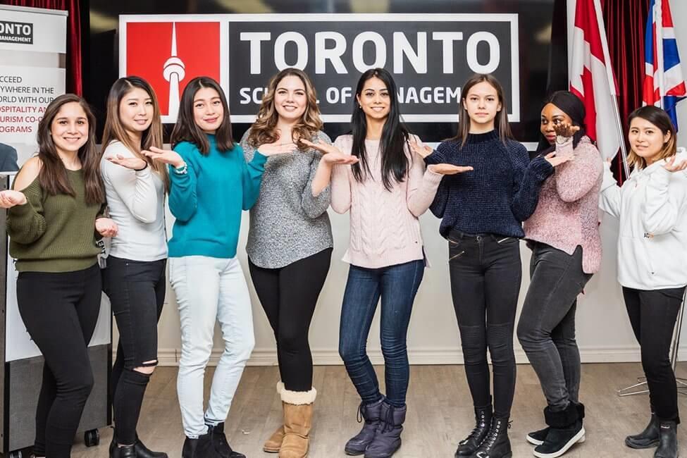 Vừa học vừa làm với học bổng lên tới 7000CAD cùng Toronto School Of Management – Canada
